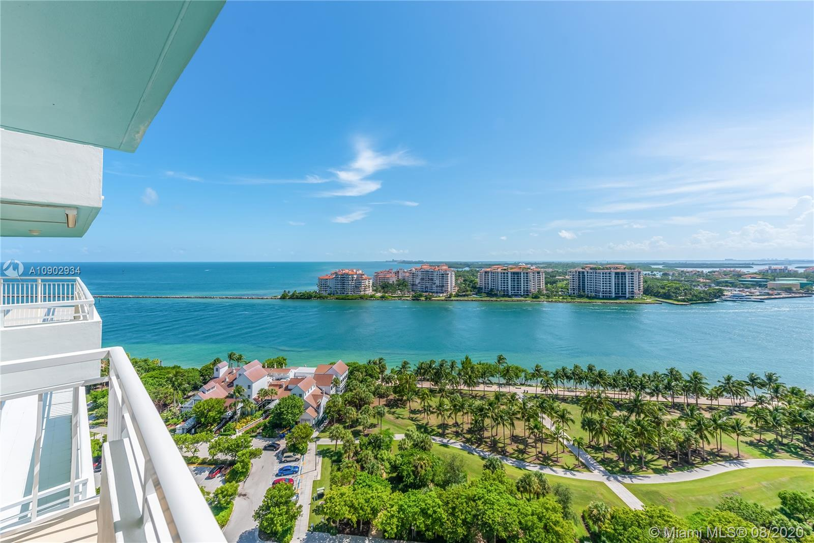 400 S Pointe #2001 For Sale A10902934, FL