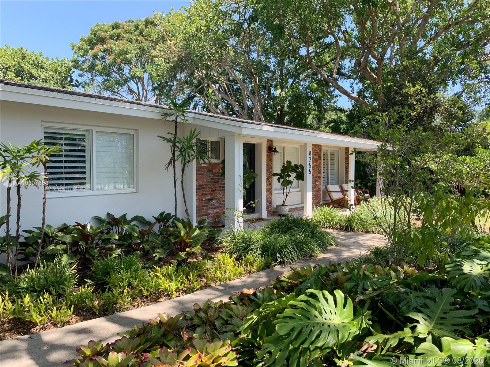 8255 SW 97th St  For Sale A10907888, FL