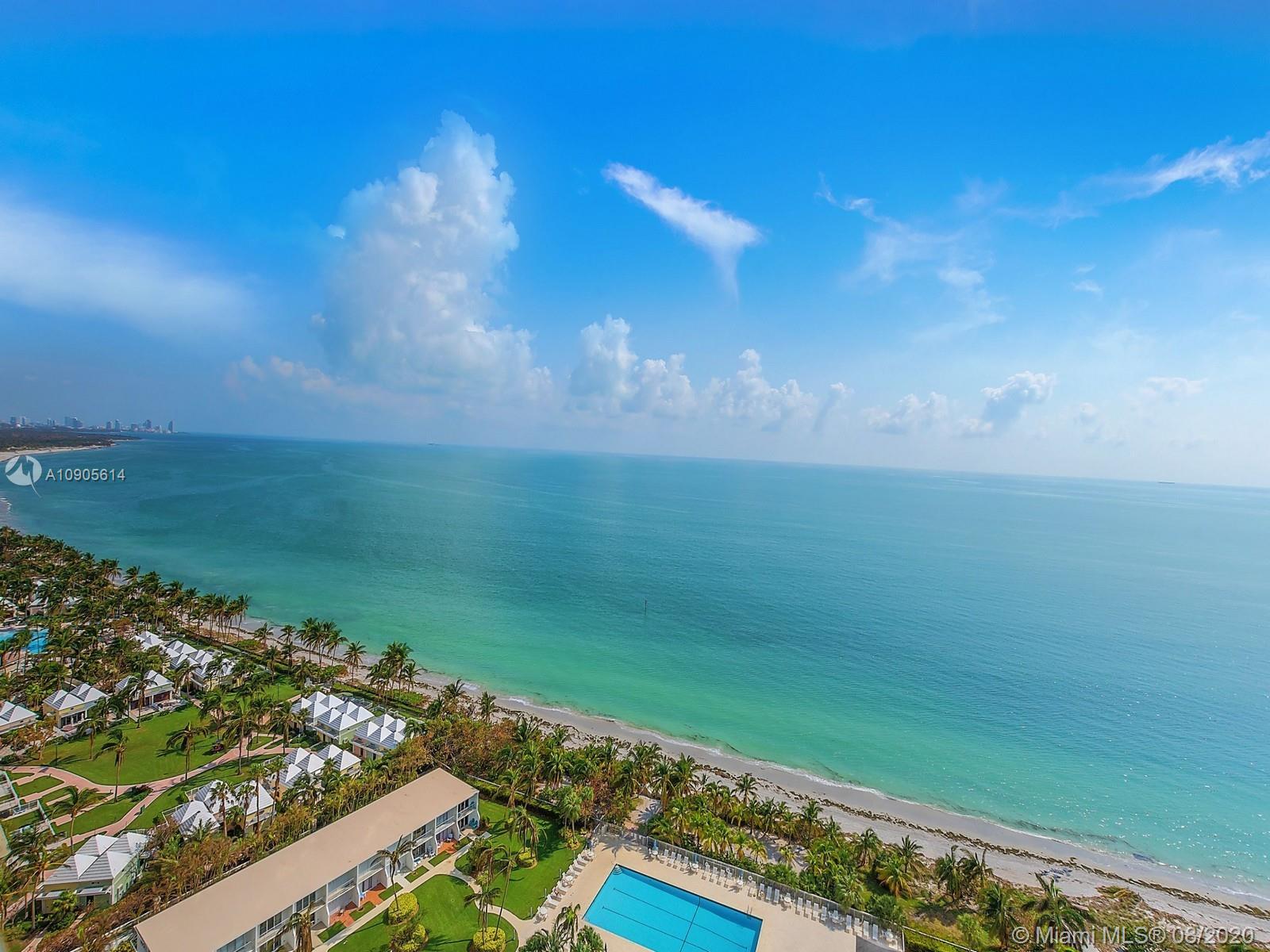 881  Ocean Dr #16B For Sale A10905614, FL