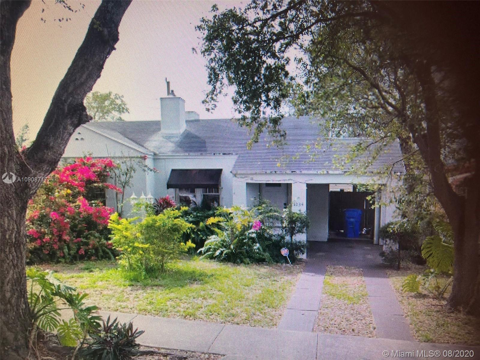 1034 NW 48th St  For Sale A10908717, FL