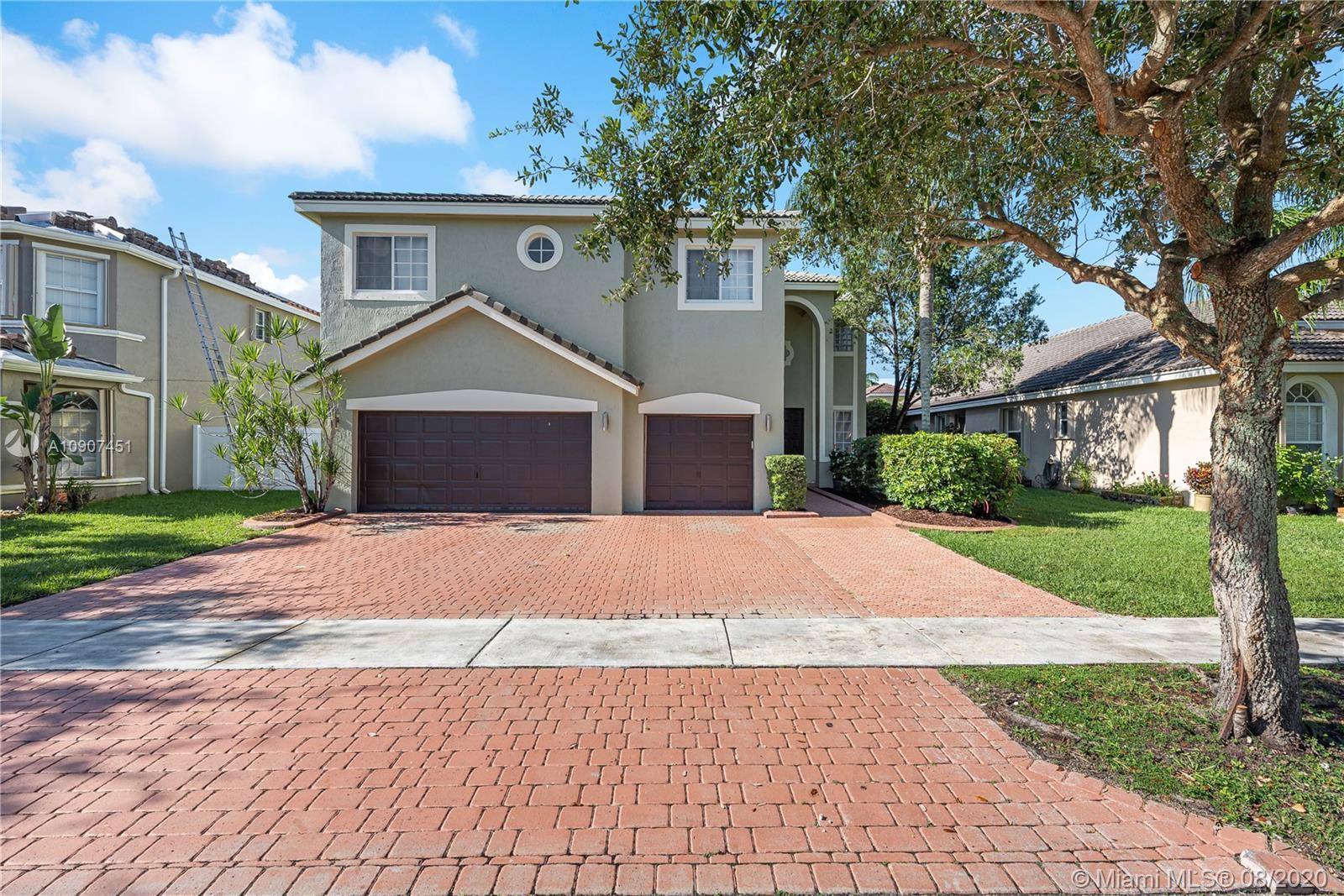 16222 SW 14th St, Pembroke Pines FL 33027