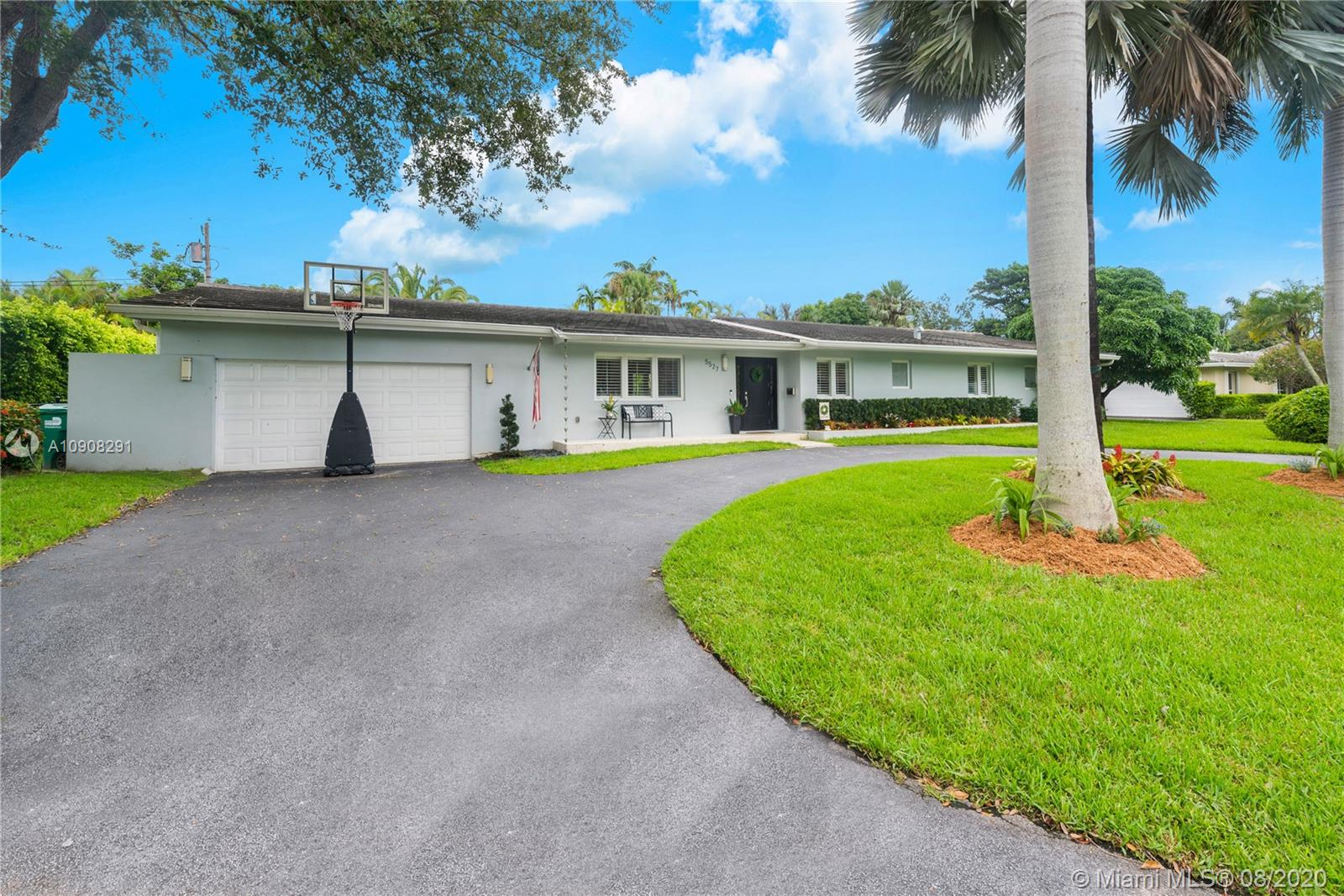 5527 SW 87 St  For Sale A10908291, FL