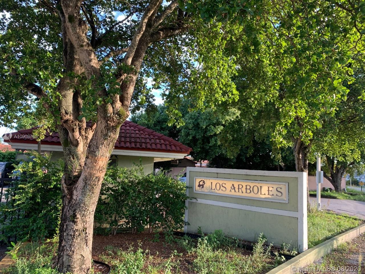 1900 W 68th St #D106 For Sale A10908765, FL