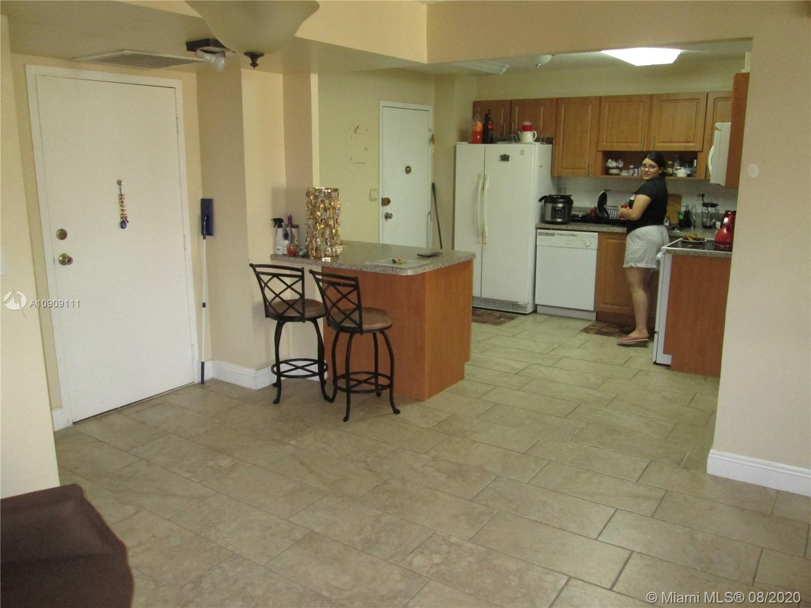 250  174th St #908 For Sale A10909111, FL