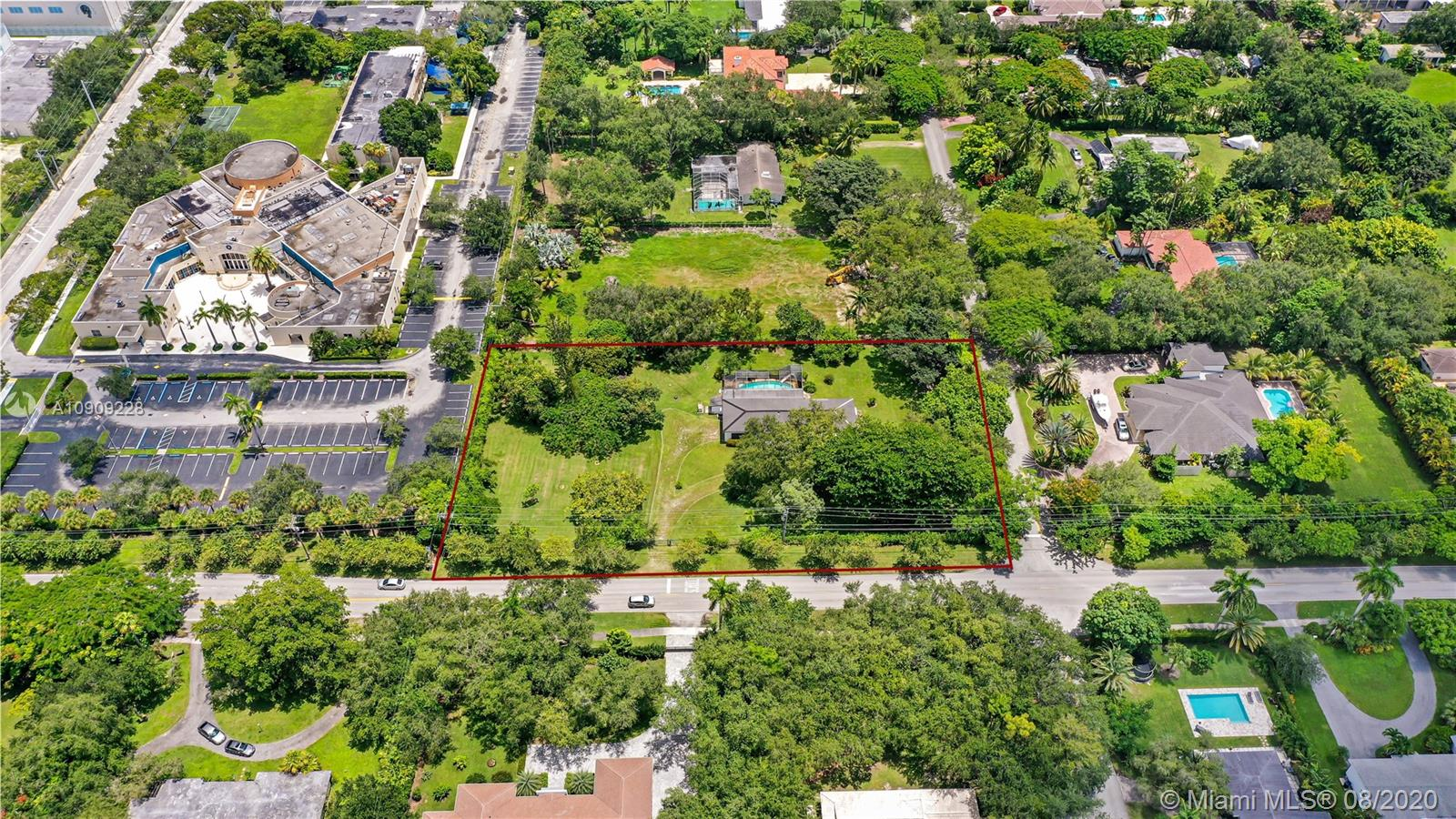 12121 SW 77th Ave  For Sale A10909228, FL