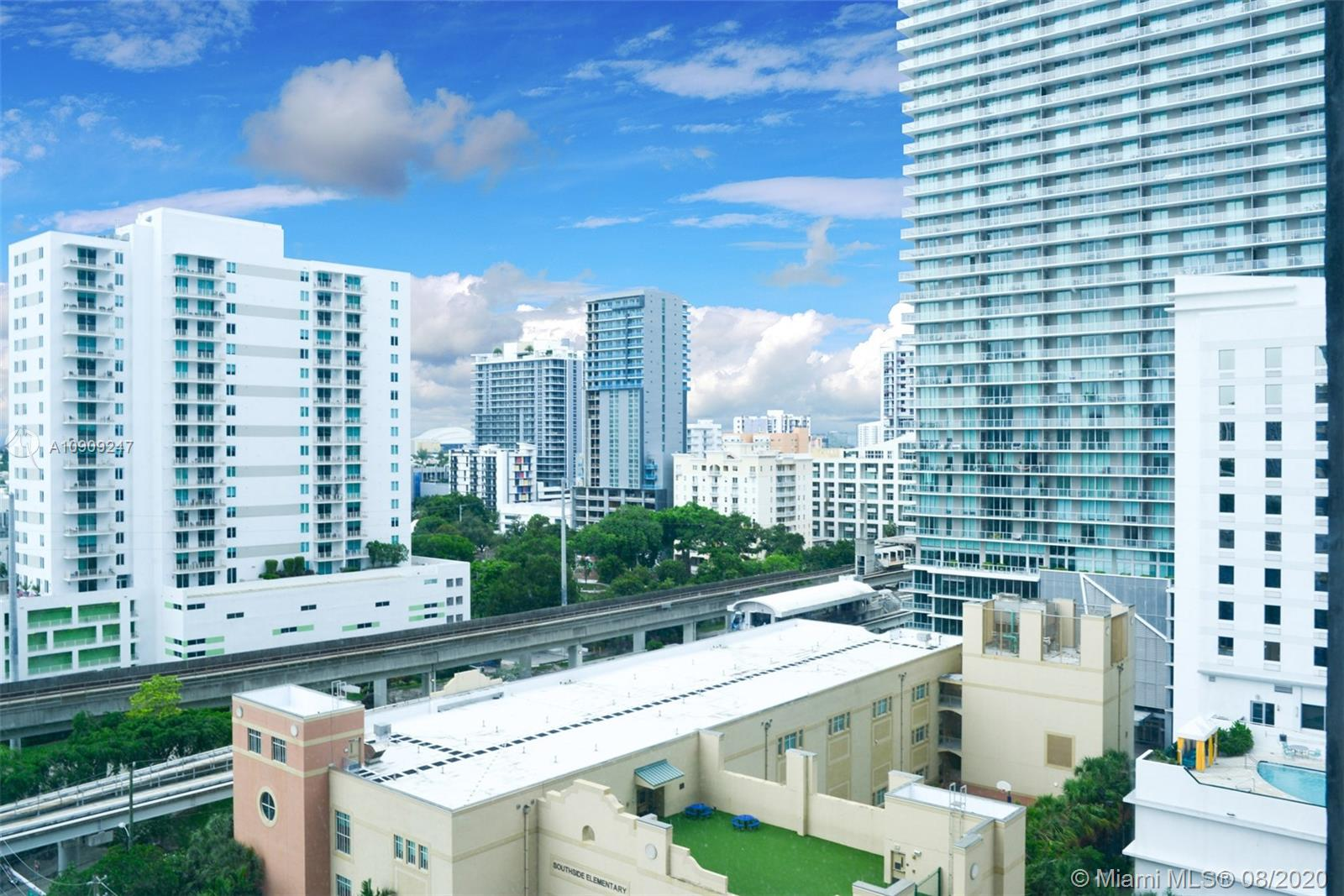 40 SW 13th St #1003 For Sale A10909247, FL