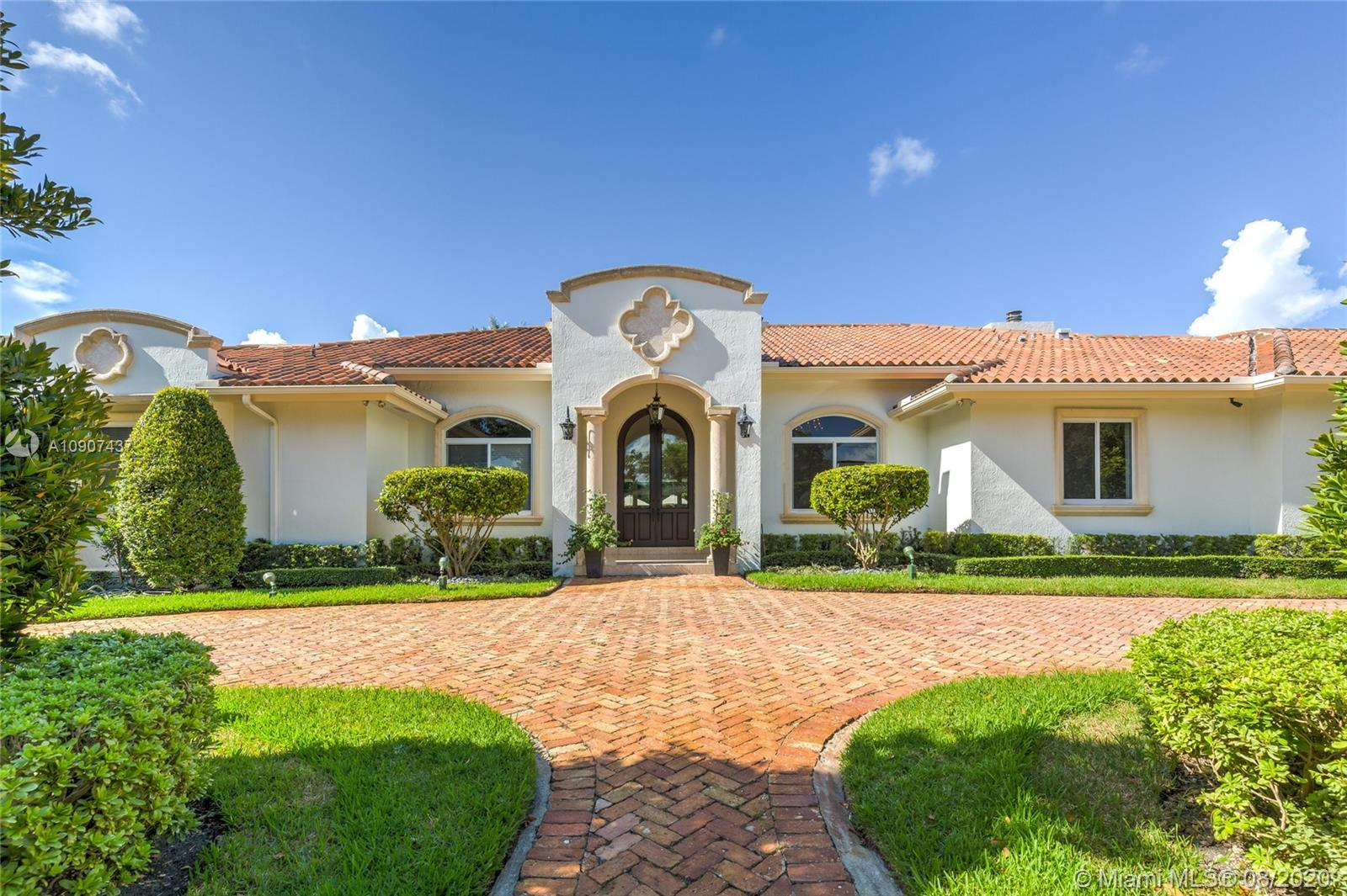 5787 SW 88th St  For Sale A10907437, FL