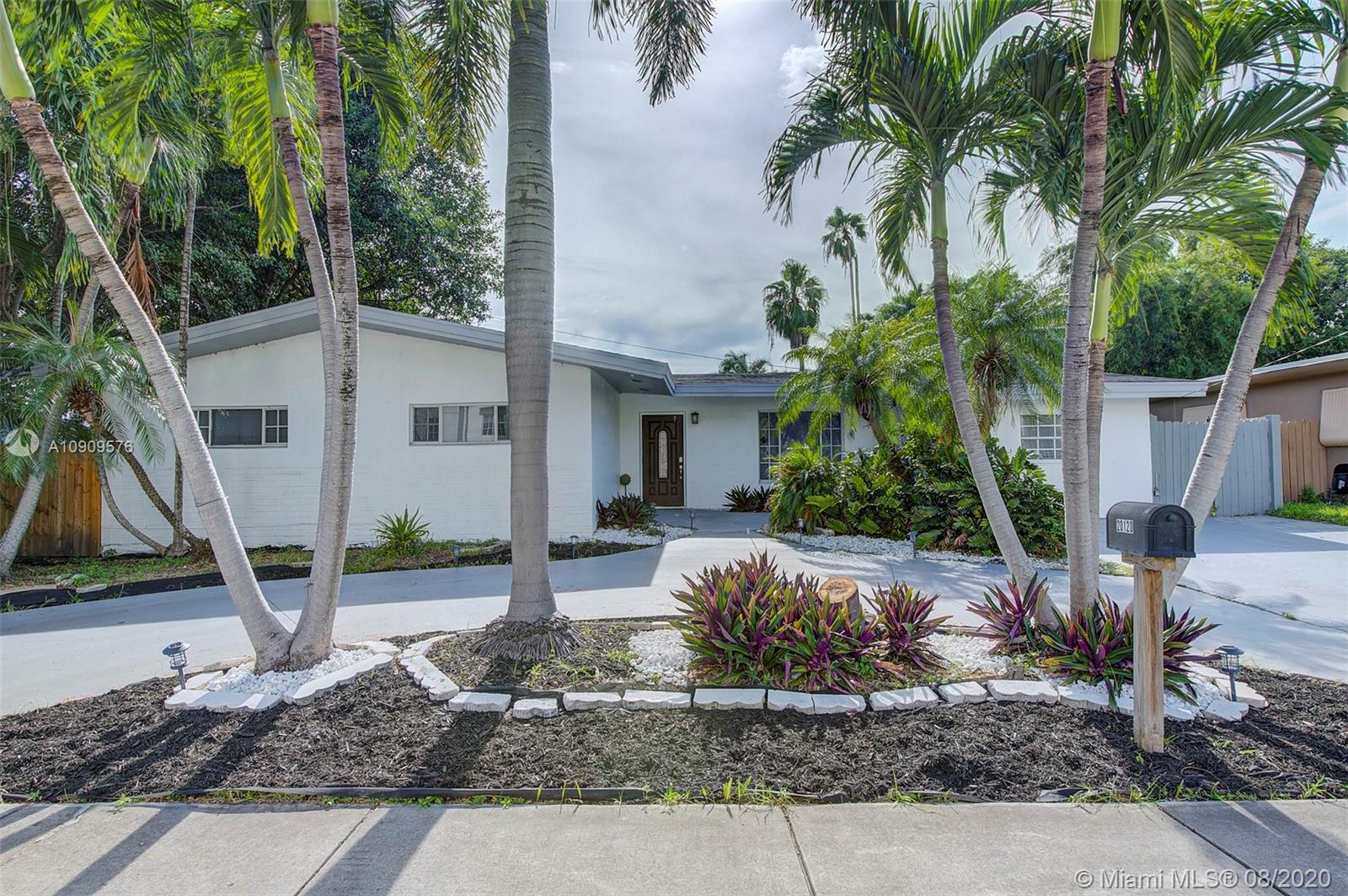 20120 NE 26th Ave, Miami FL 33180