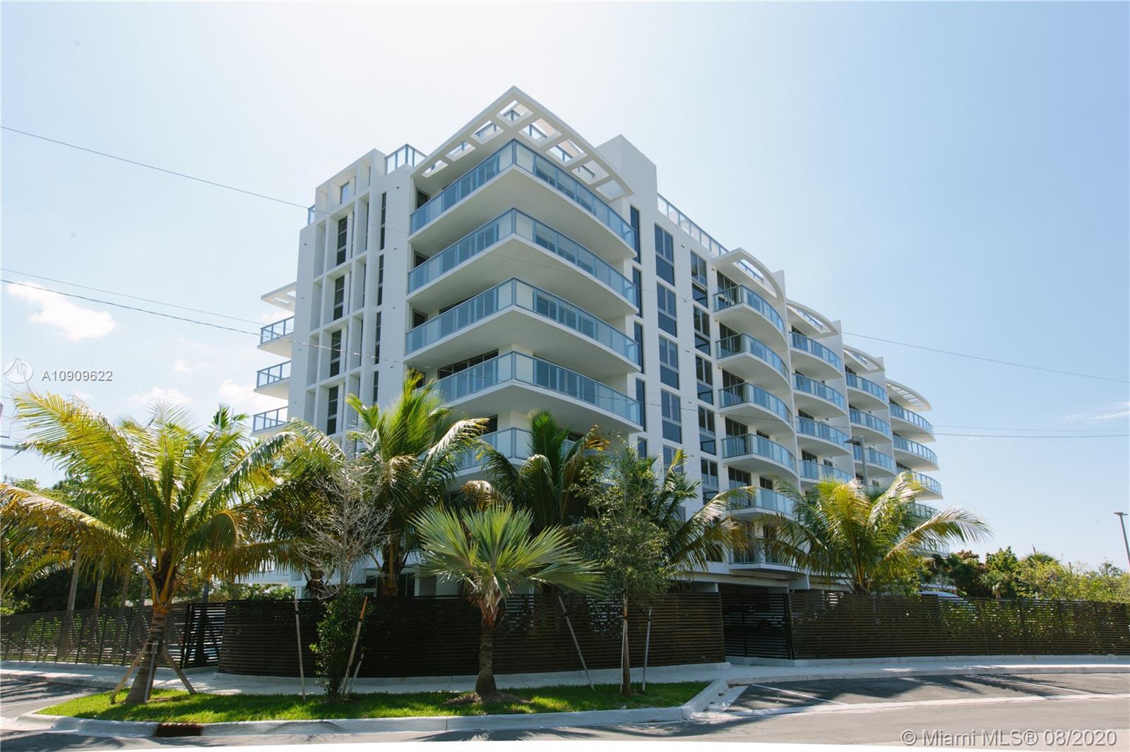 13800 Highland Dr #205, North Miami Beach FL 33181