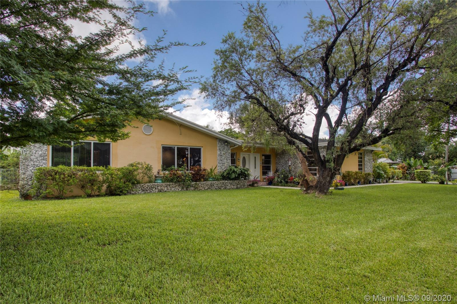 6600 SW 125th Ave  For Sale A10909336, FL