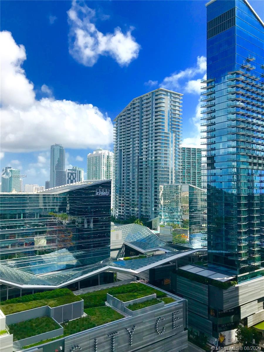 55 SW 9th St #2010, Miami FL 33130