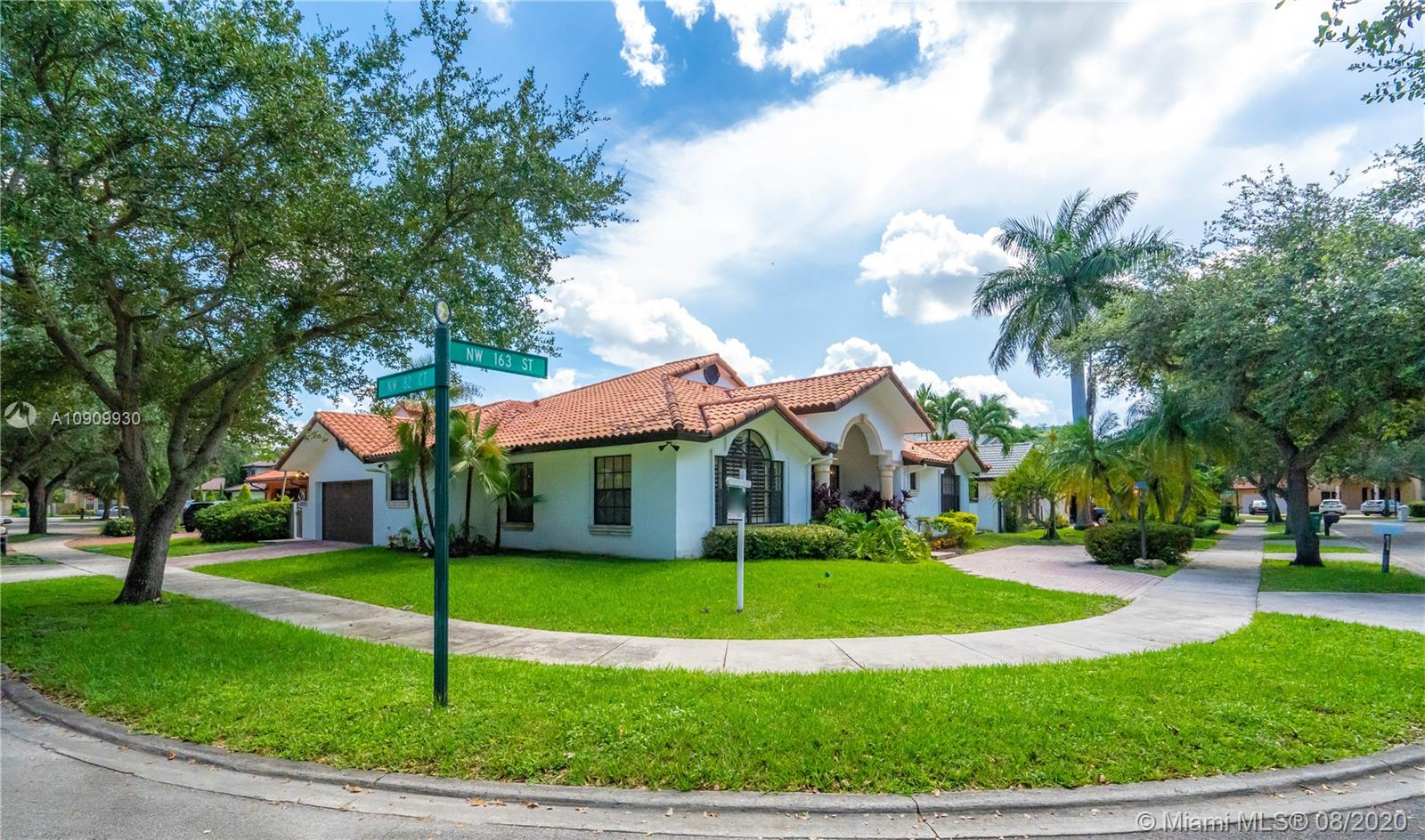 8230 NW 163rd St  For Sale A10909930, FL