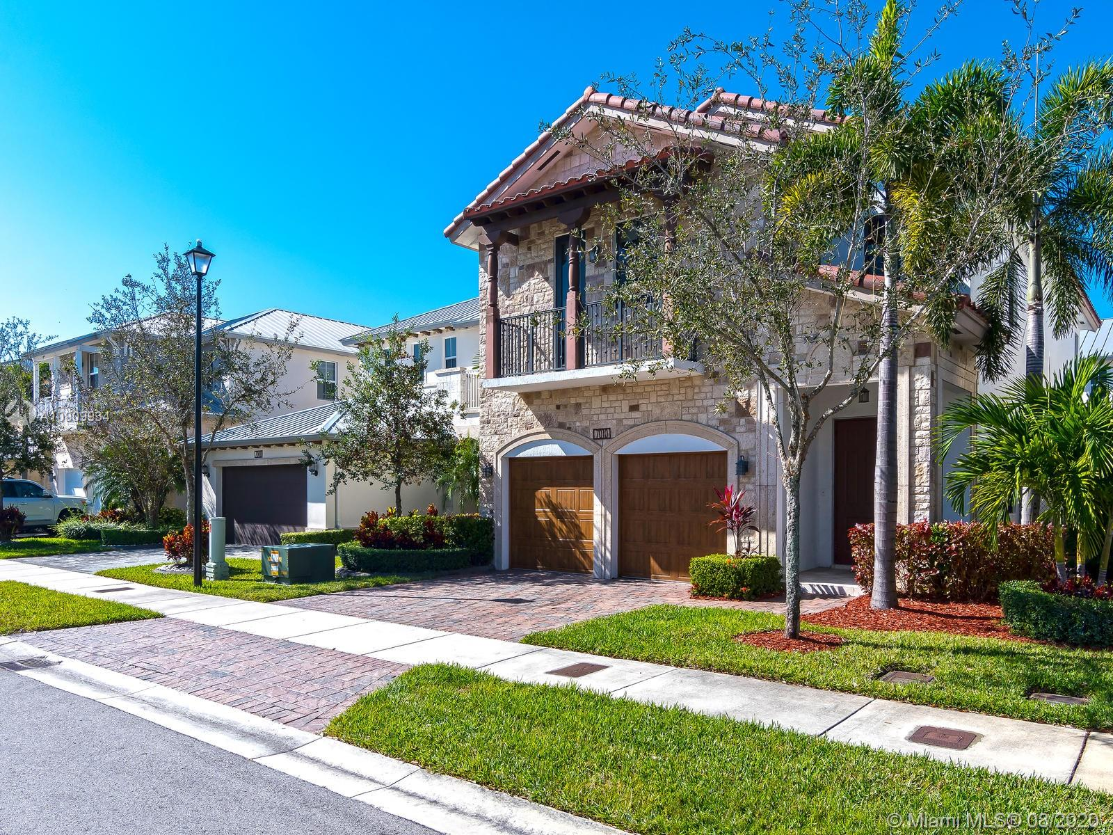 7010 NW 104th Ct  For Sale A10909934, FL