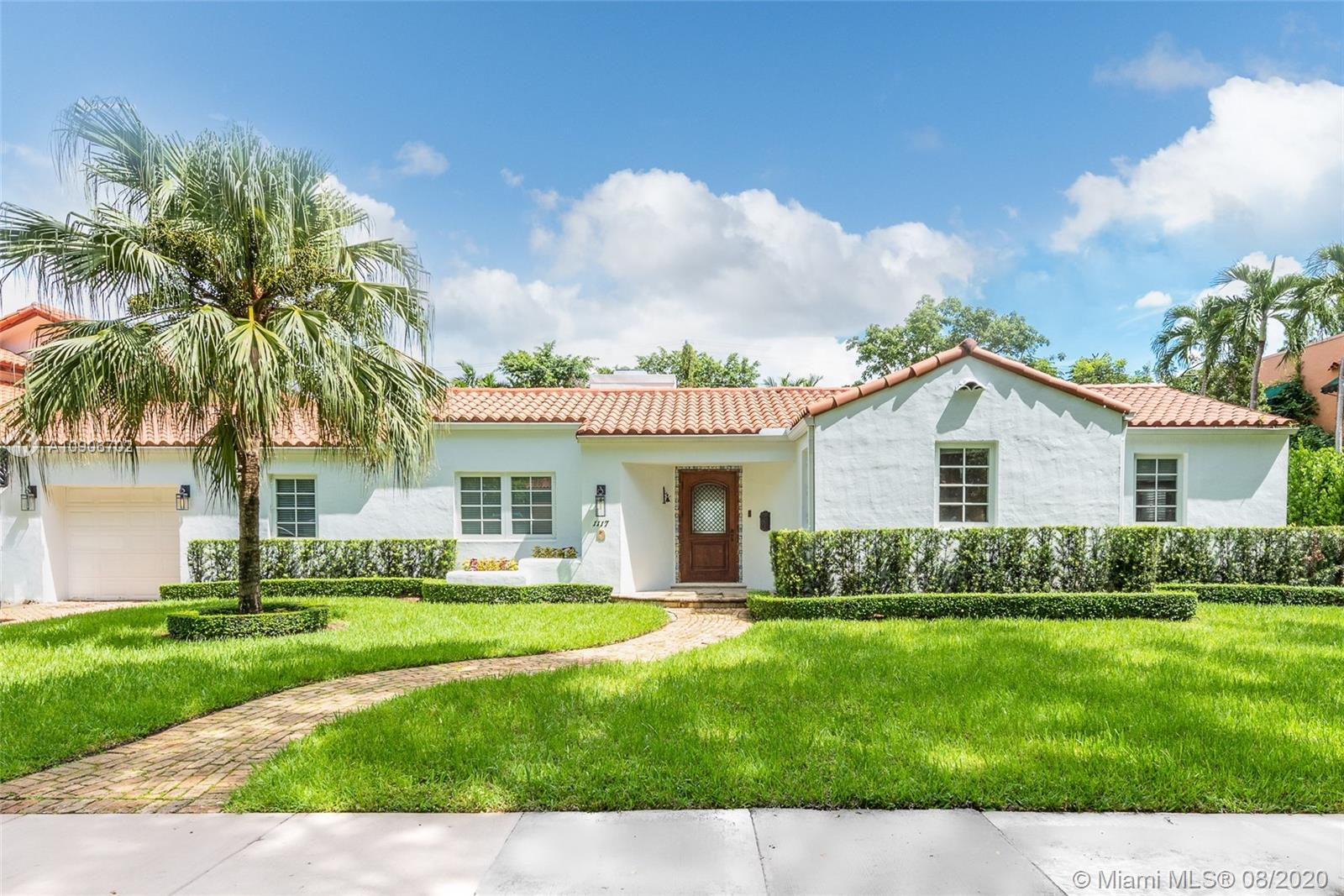 1117  Castile Ave  For Sale A10906702, FL