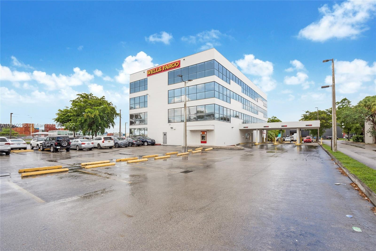 4995 NW 72nd Ave #101 For Sale A10910295, FL