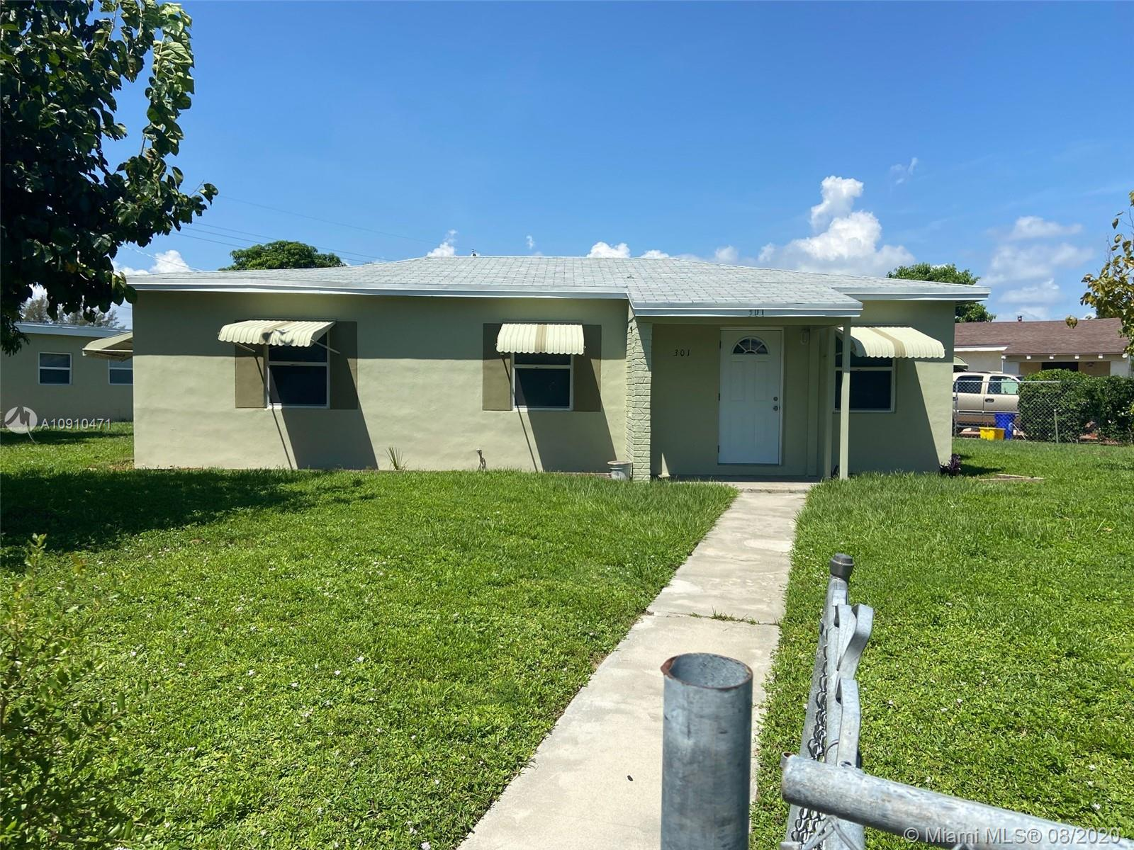301 W 14th St  For Sale A10910471, FL