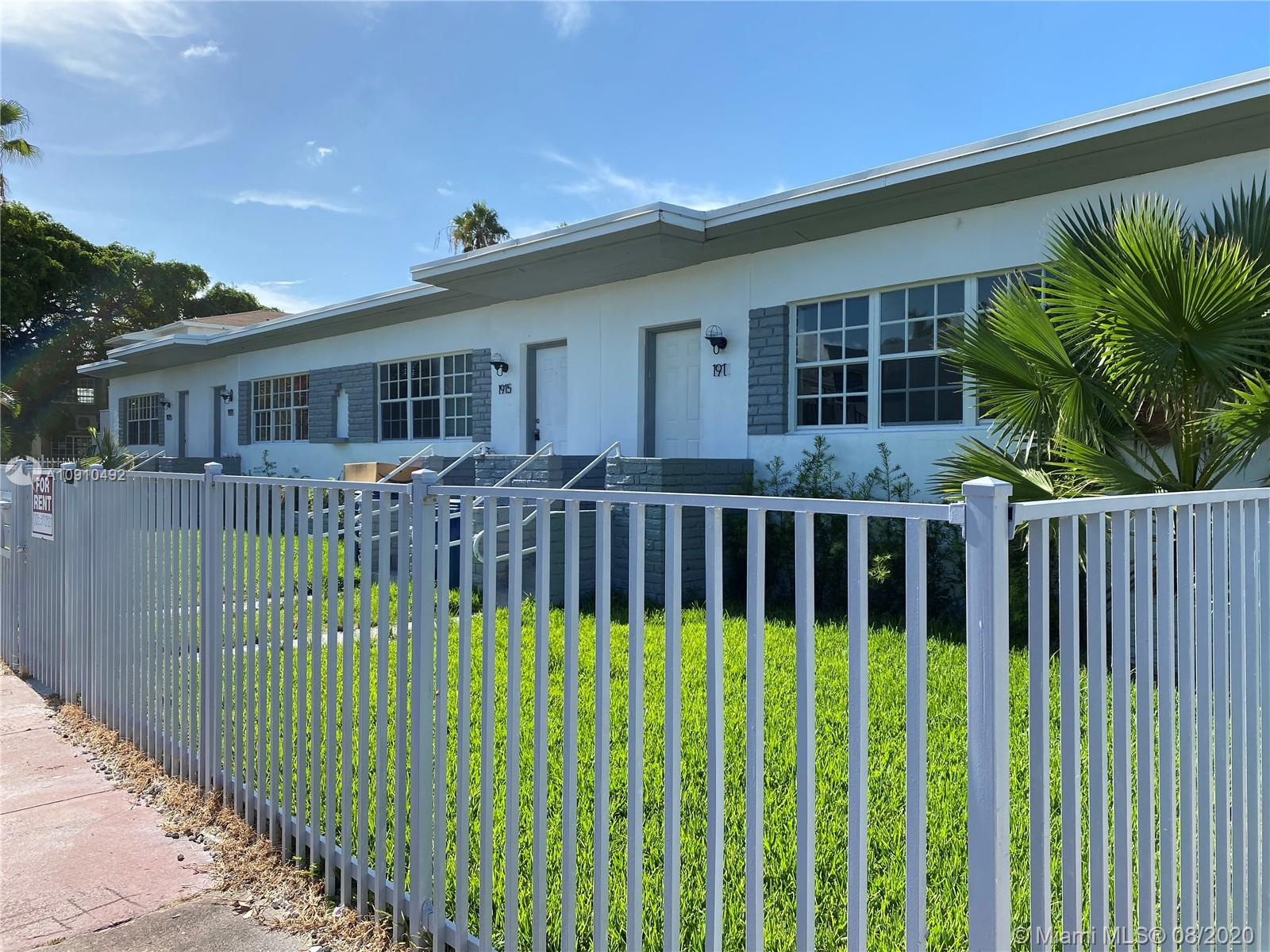 1925  Marseille Dr  For Sale A10910492, FL