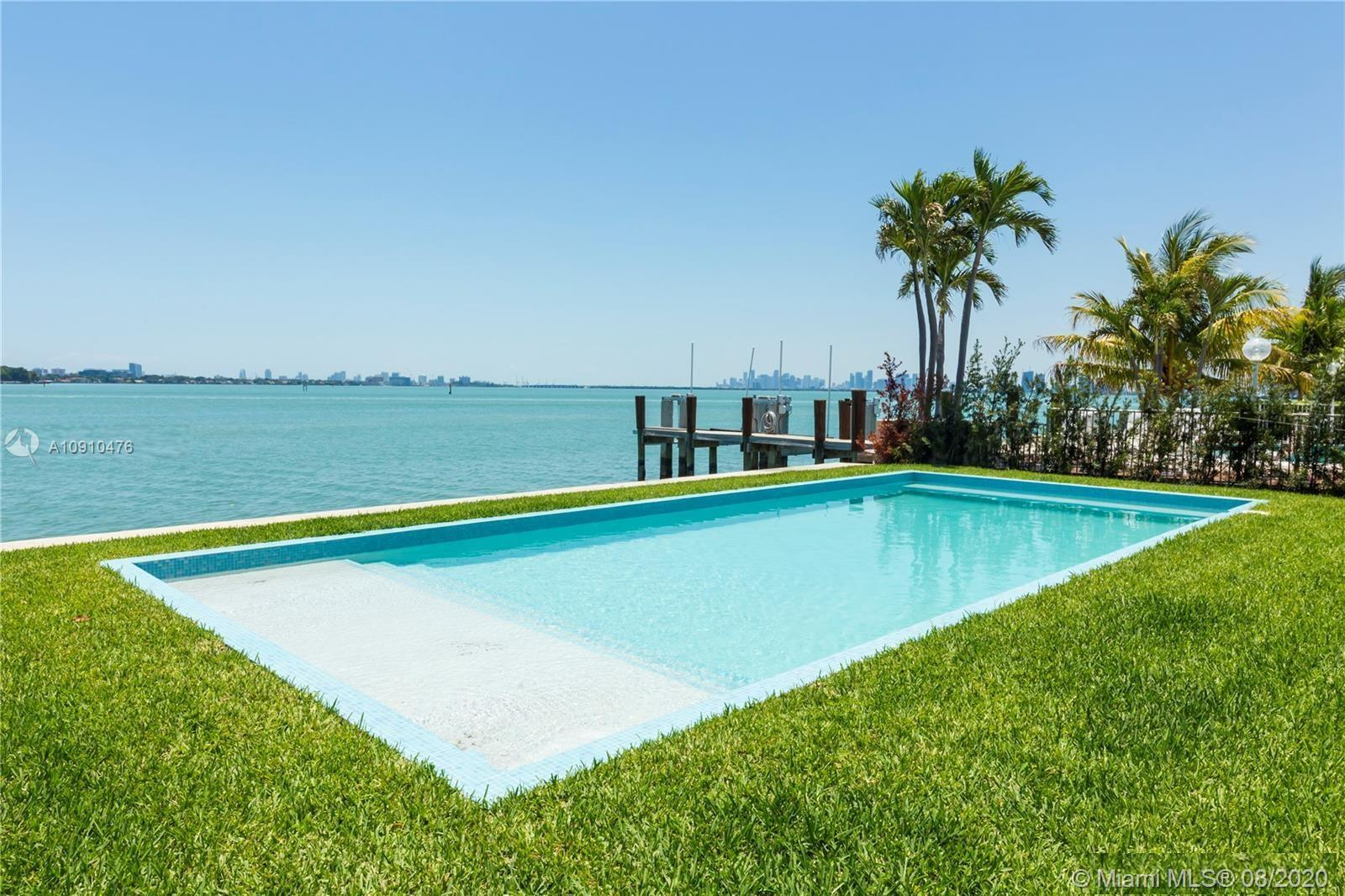 1660  Bay Dr  For Sale A10910476, FL