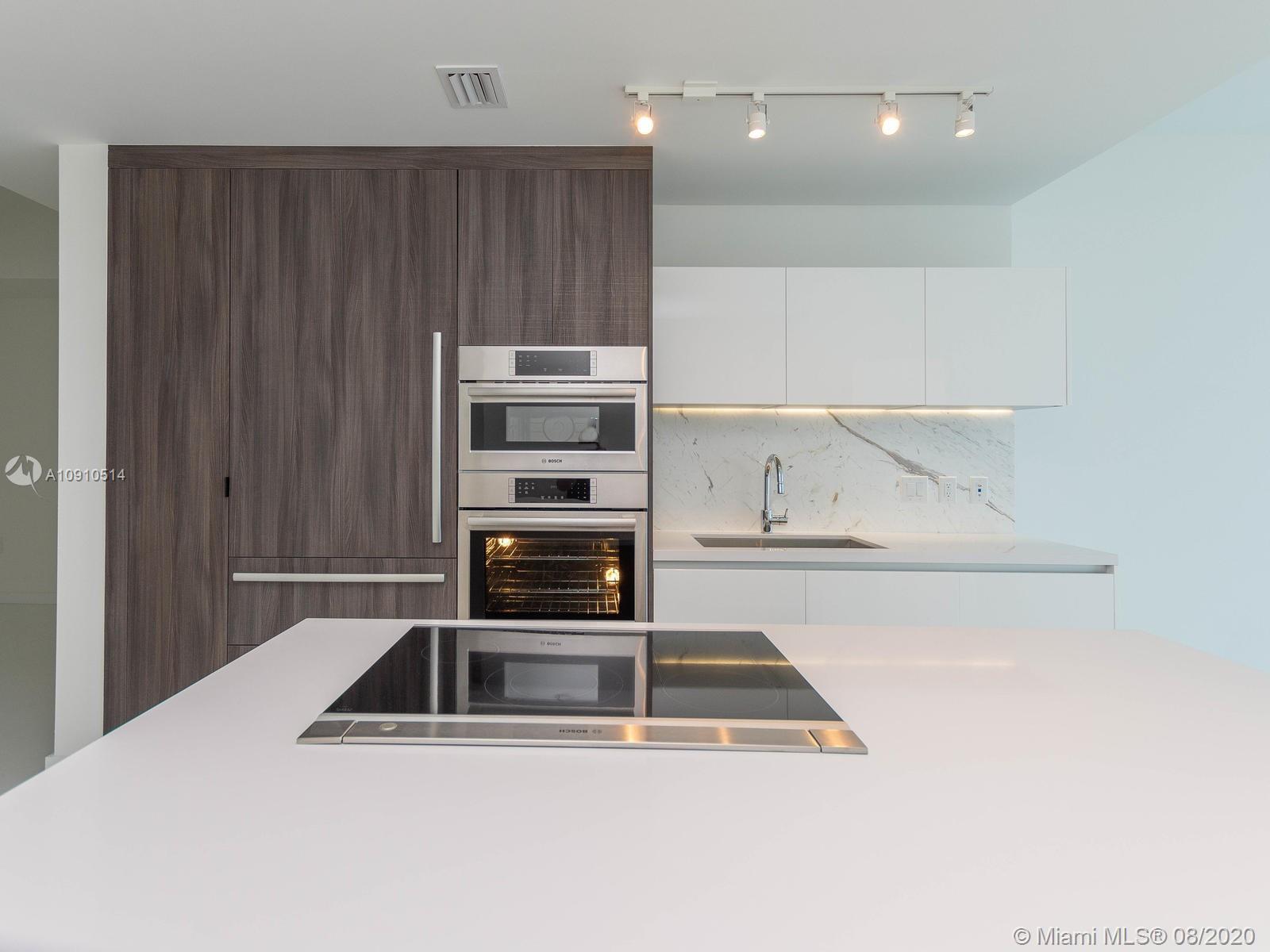 851 NE 1st Ave #1006, Miami FL 33132