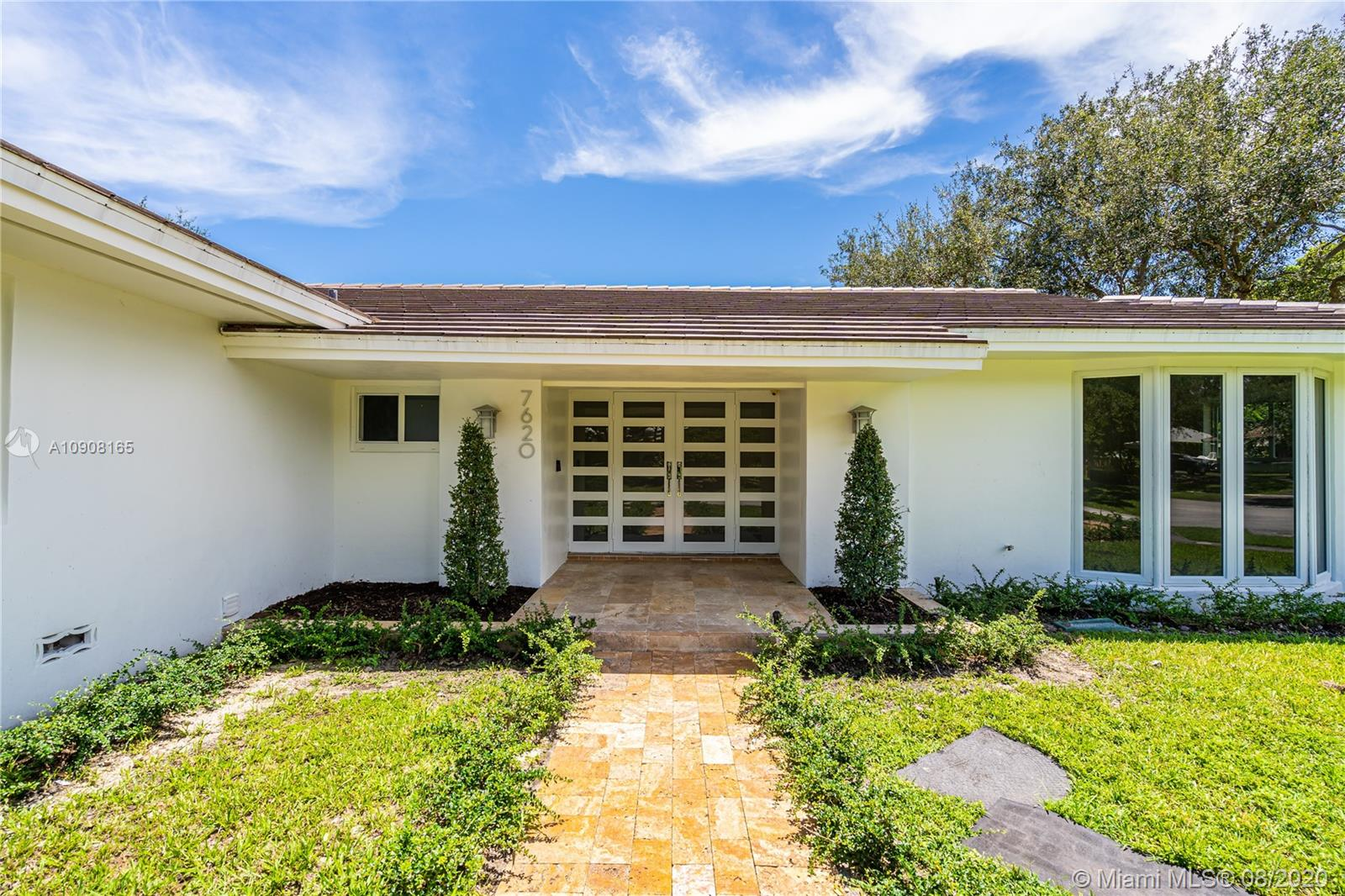 7620 SW 164th St  For Sale A10908165, FL