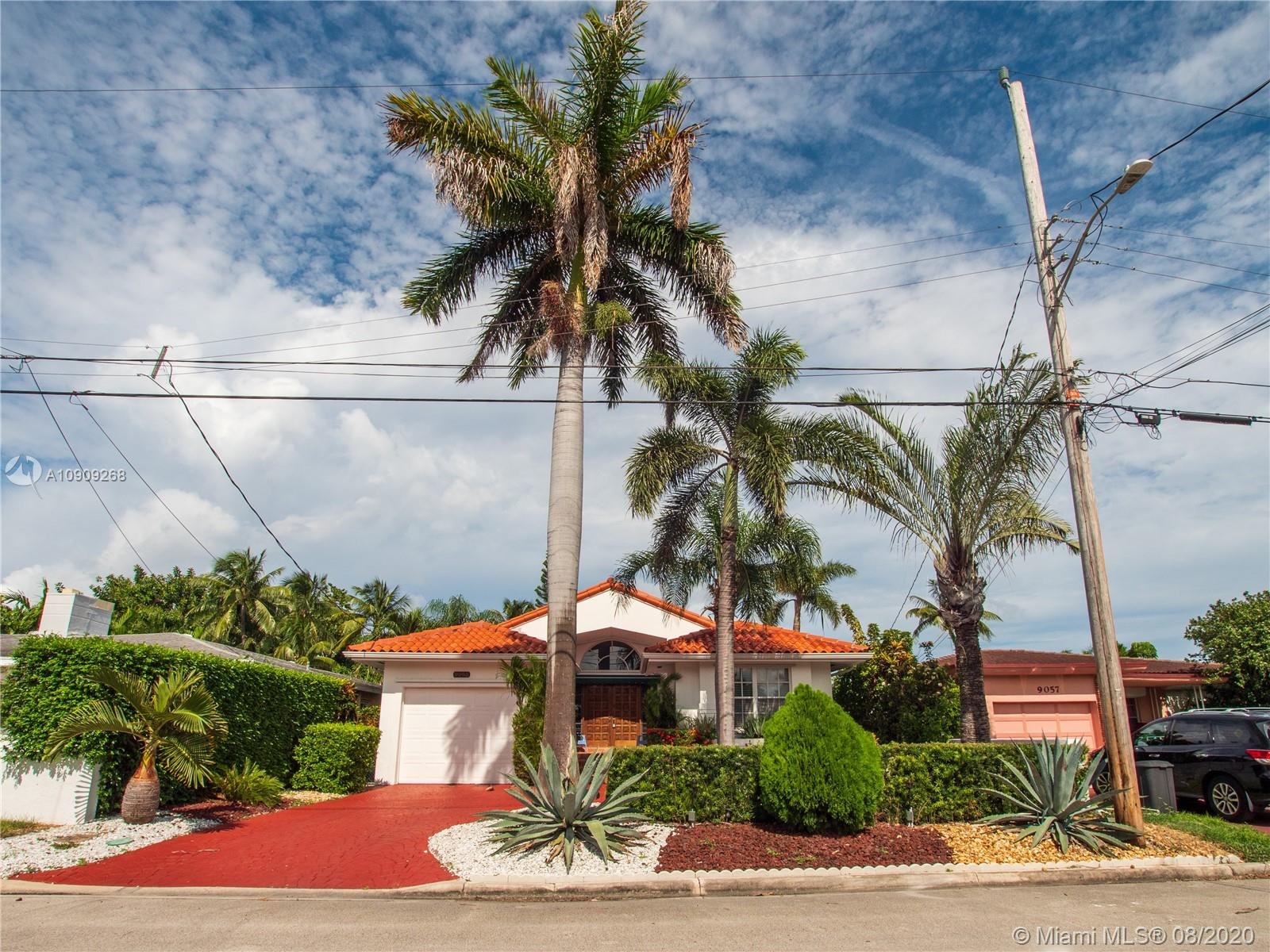 9065  Dickens Ave  For Sale A10909268, FL
