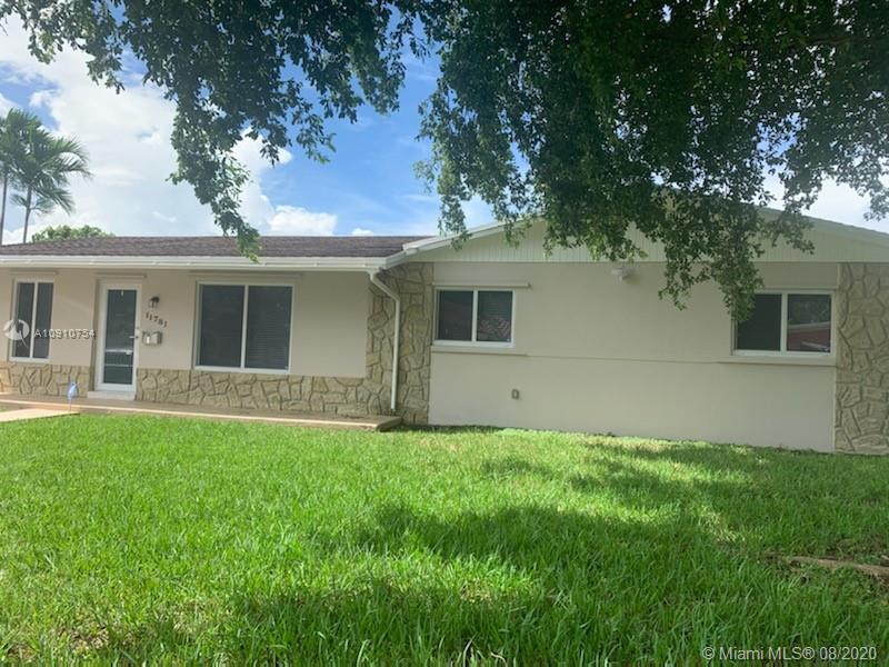 11781 SW 27th St, Miami FL 33175