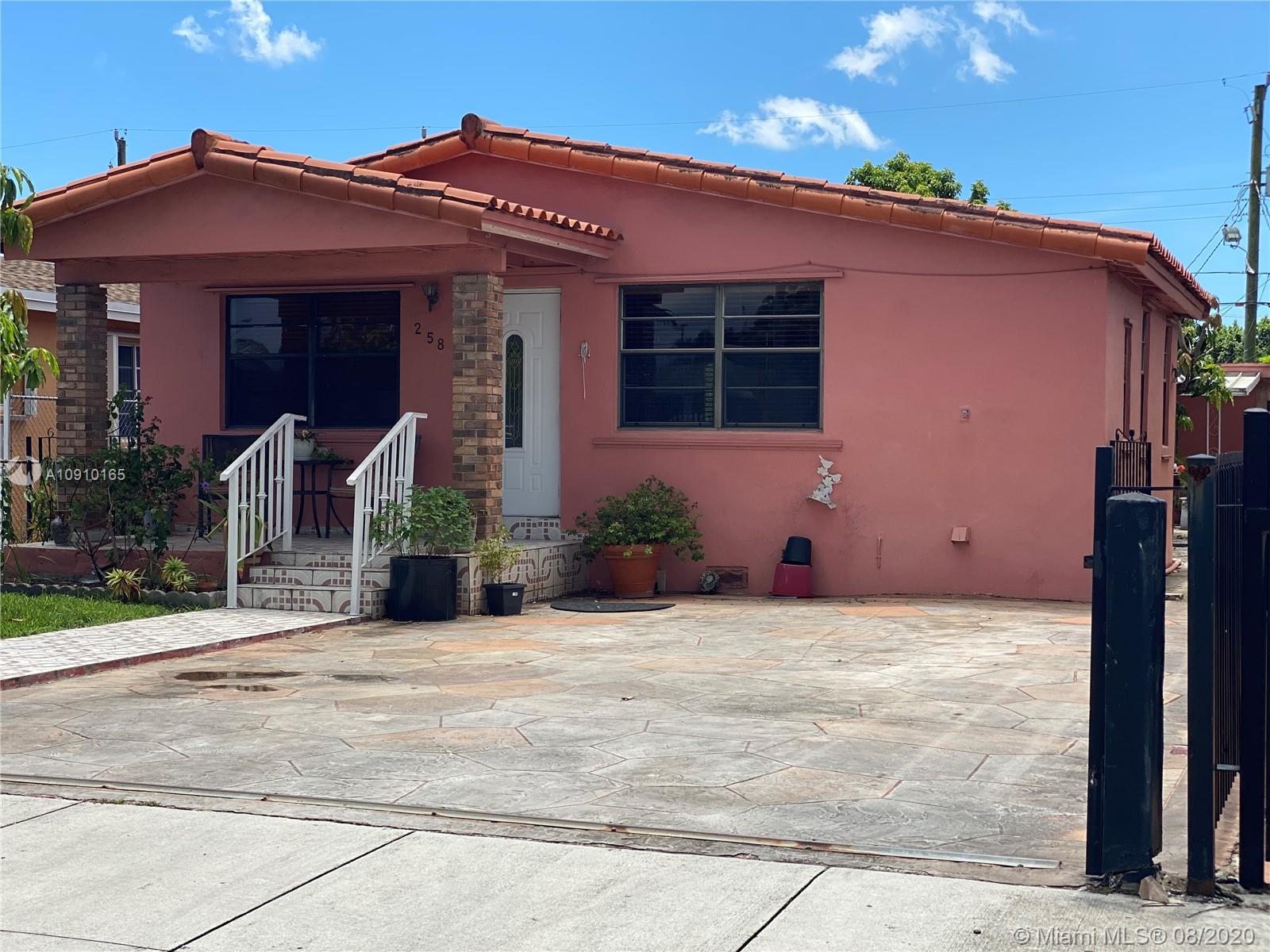 258 W 19th St  For Sale A10910165, FL