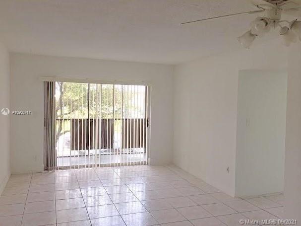 13480 NE 6th Ave #103 For Sale A10908714, FL