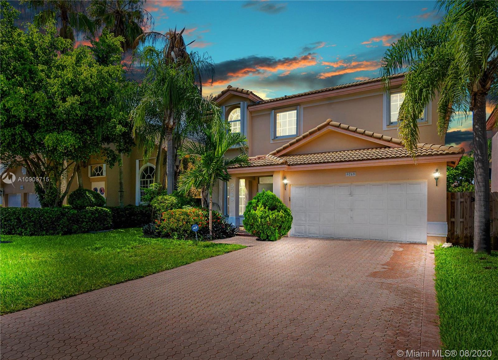 9769 NW 29th Ter, Doral FL 33172