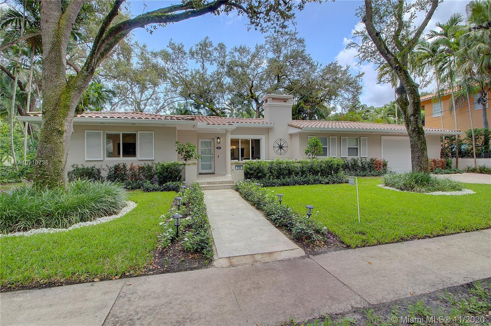 930  Andalusia Ave  For Sale A10910736, FL