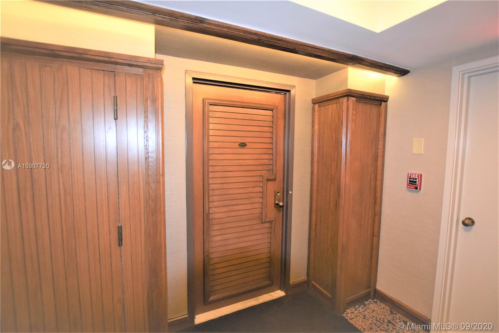 1000  Quayside Ter #1201 For Sale A10907730, FL