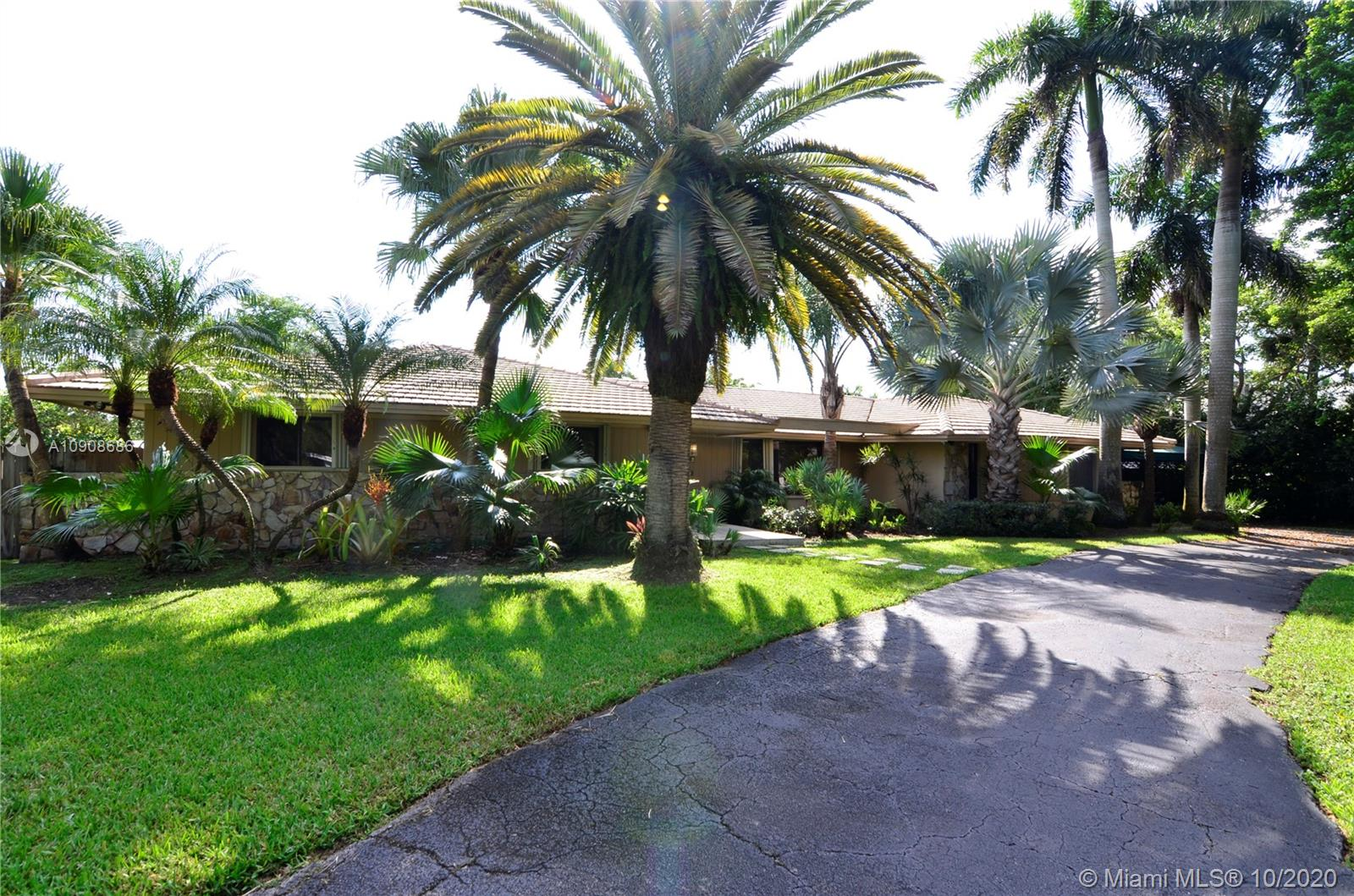 13621 SW 103rd Ave  For Sale A10908686, FL