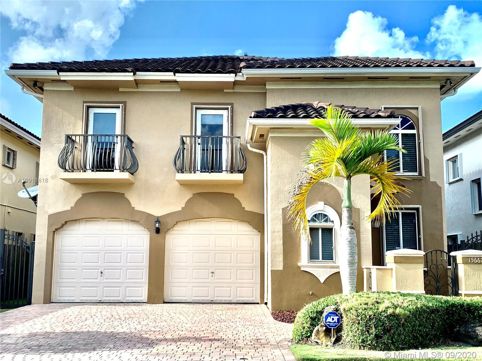 15667 SW 14th St, Miami FL 33194