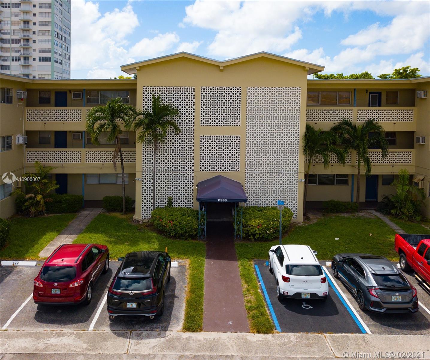Unit , North Miami, Florida 33181