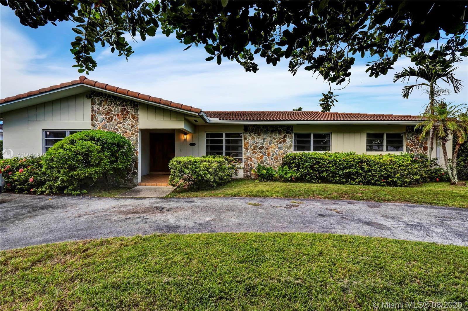 10260 SW 16th St, Miami FL 33165