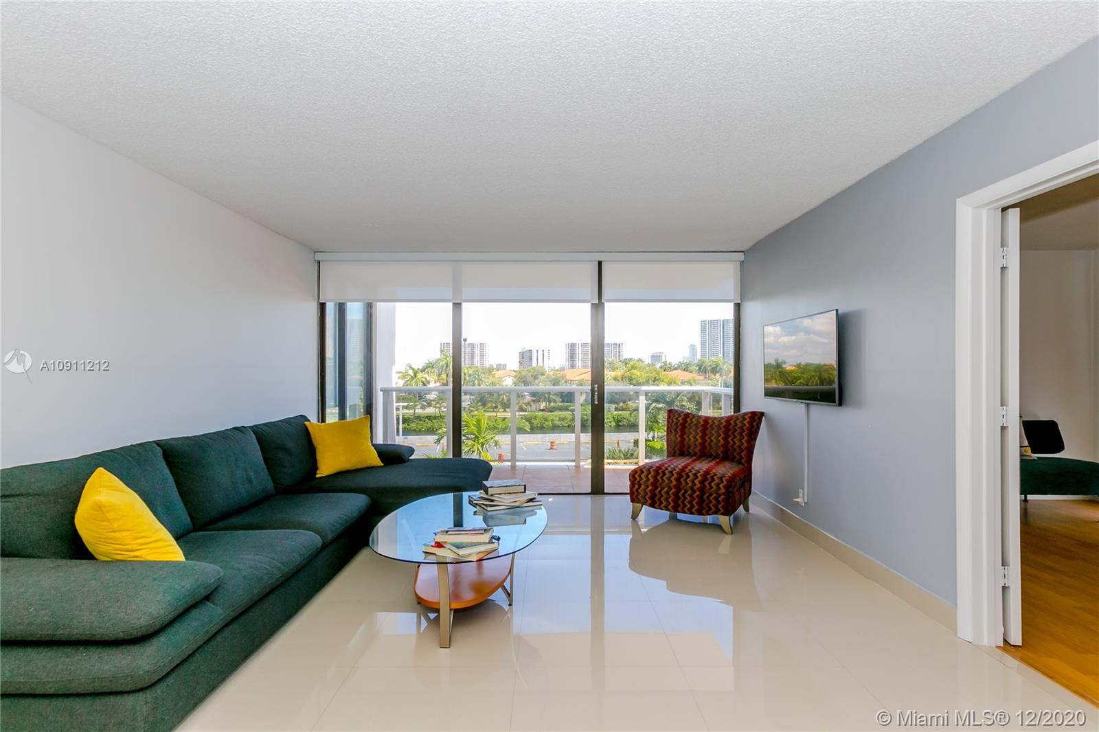 3625  Country Club Dr   402-1