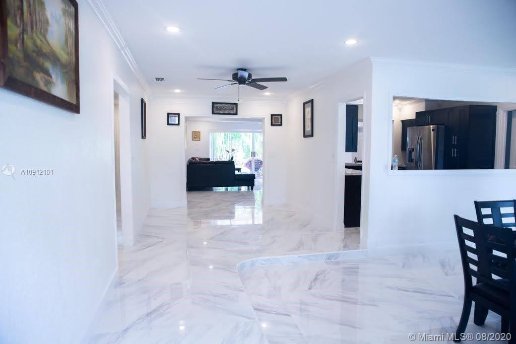 3354  Liberty St #3354 For Sale A10912101, FL