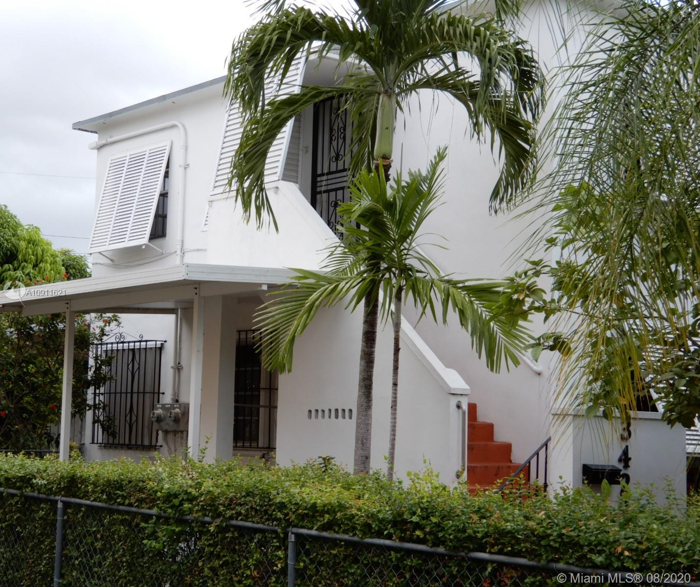 3423 SW 12th St  For Sale A10911621, FL