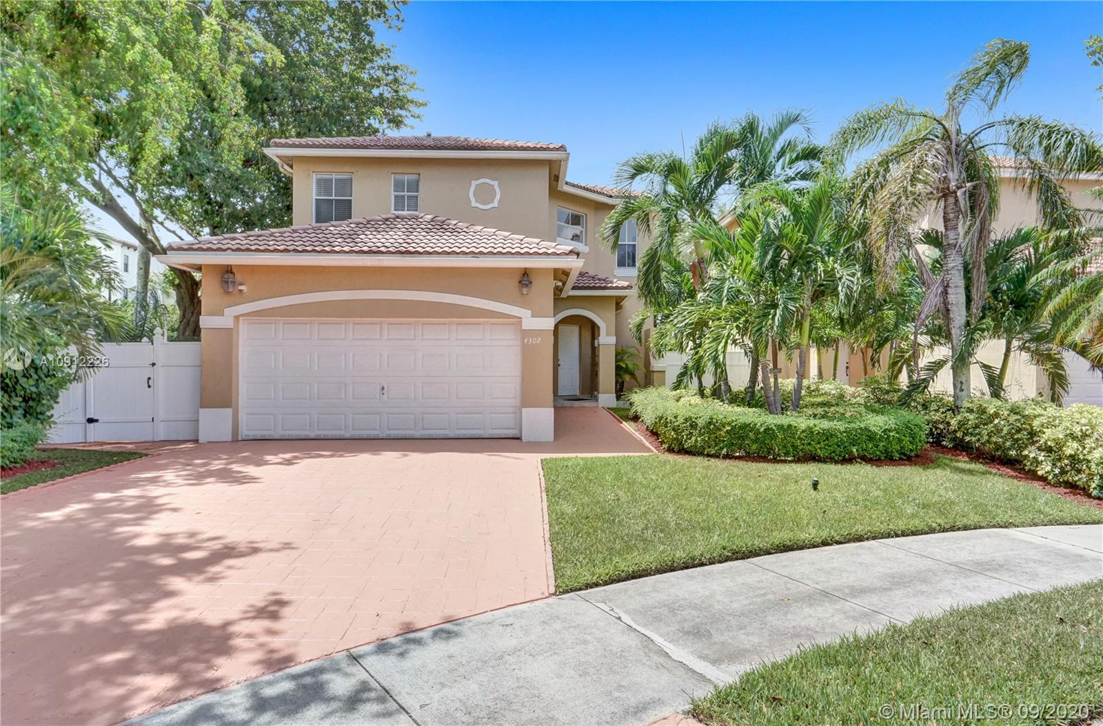 4302 NW 113th Pl  For Sale A10912226, FL