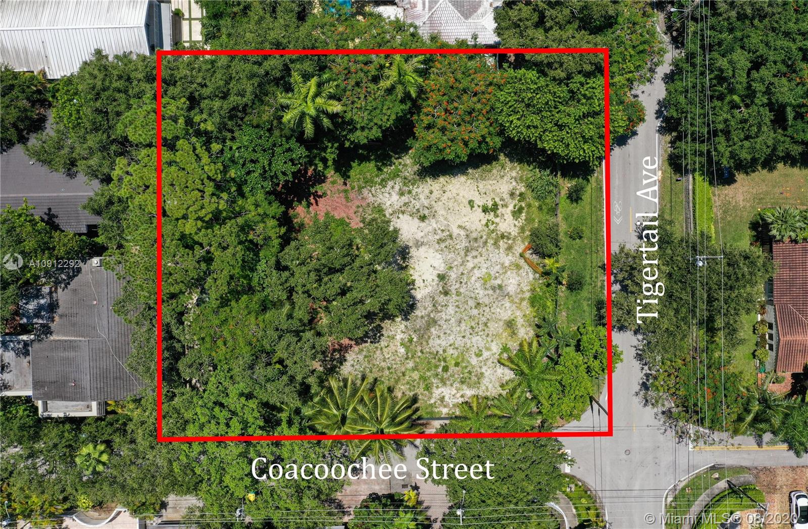 3210  Coacoochee St  For Sale A10912292, FL