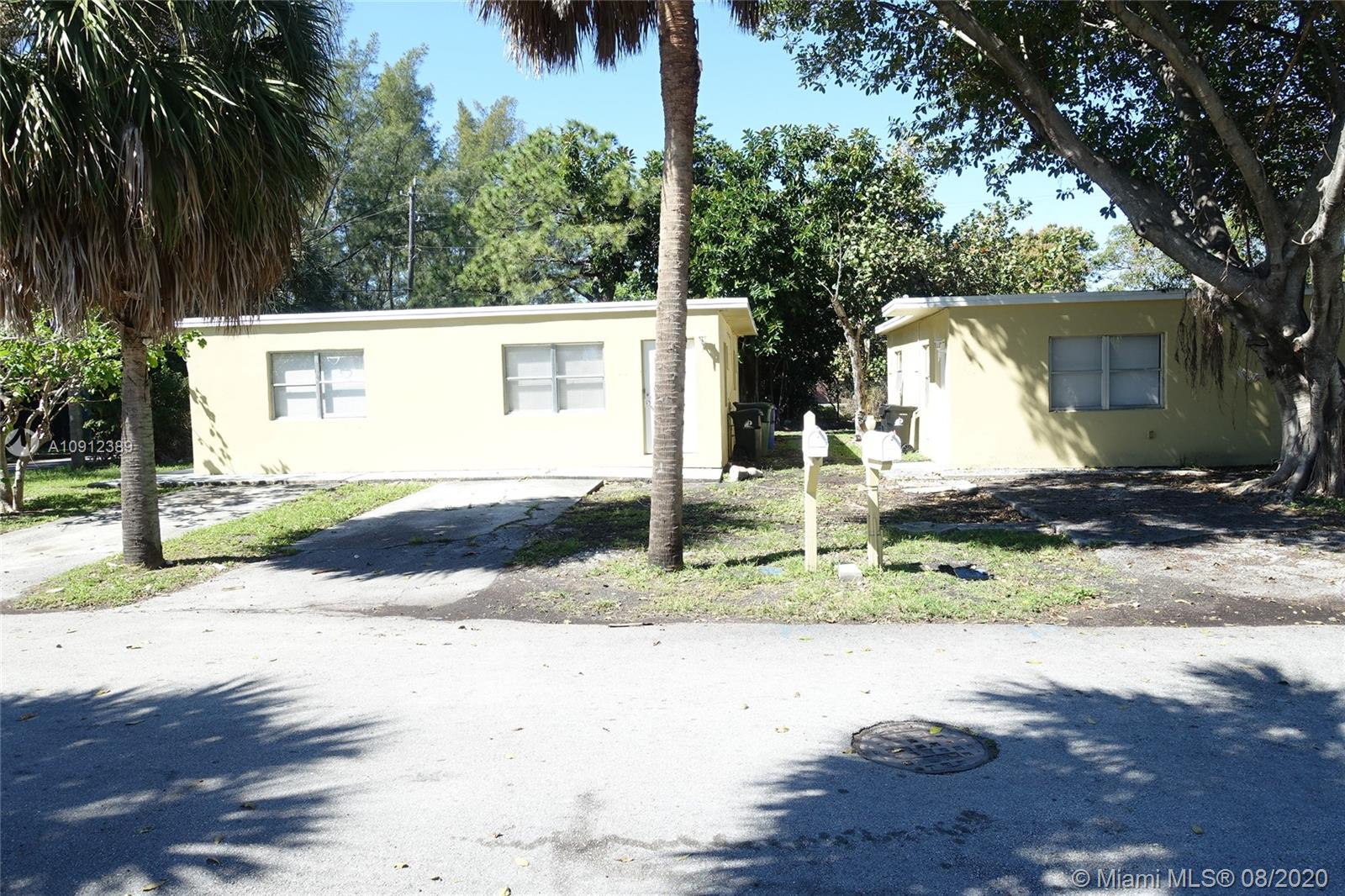 705 NW 19th Ter  For Sale A10912389, FL