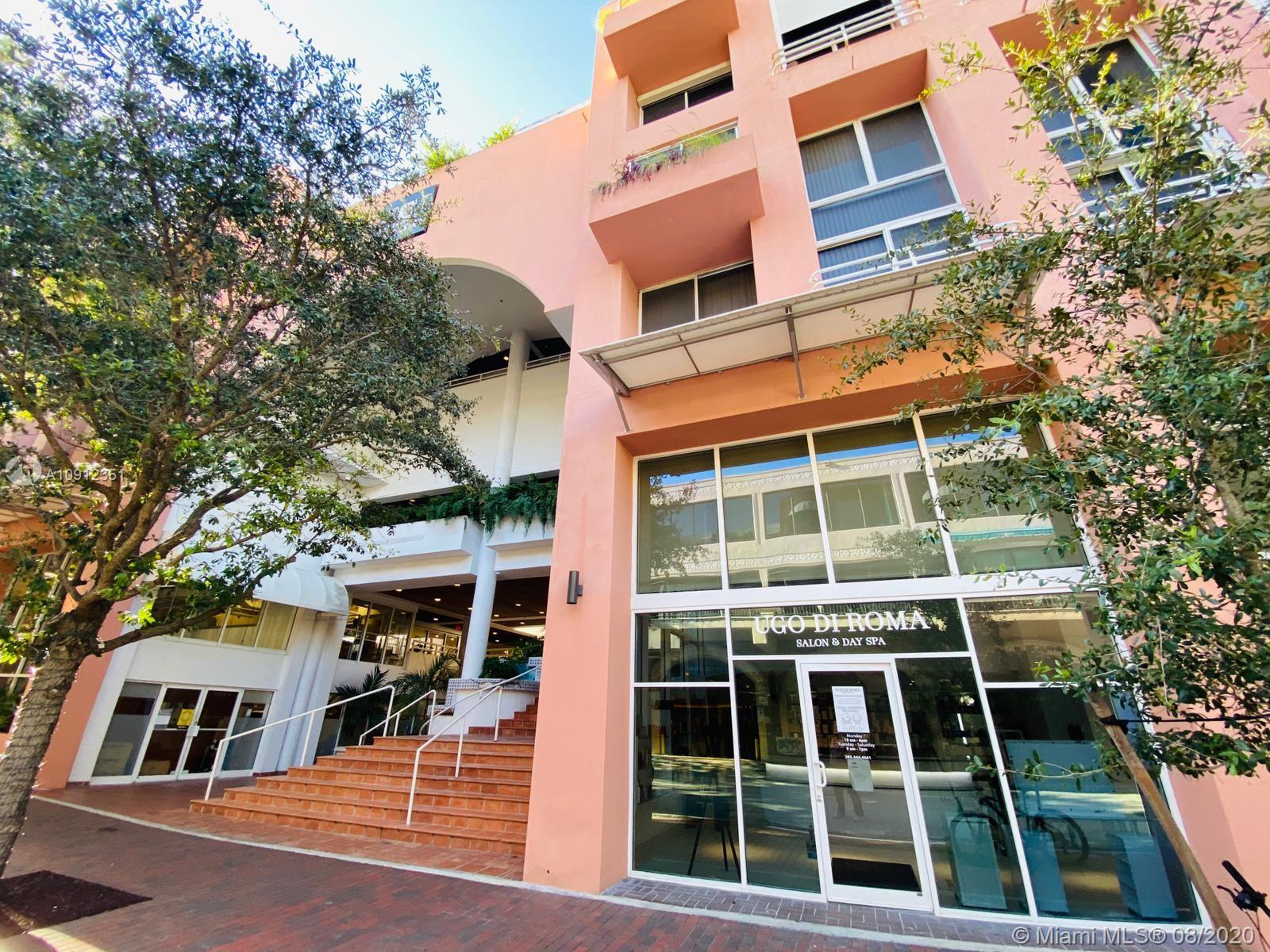 UPDATED STUDIO LOFT PORCELAIN FLOORS, TRAVERTINE BATHROOM AND WOOD KITCHEN WITH GRANITE COUNTERTOPS LIVE IN THE HEART OF COCONUT GROVE ACROSS THE STREET FROM THE MAYFAIR, COCOWALK AND THE FINEST RESTAURANTS, BARS, SHOPS AND ENTERTAINMENT IN ALL OF MIAMI WALK 2 BLOCKS TO OCEAN OR TO DINNER KEY MARINA, THIS IS MIAMI LIVING AT ITS BEST.