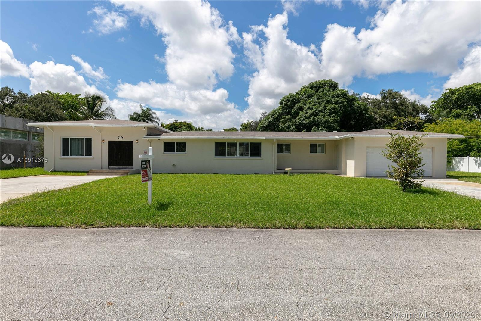 5839 SW 33rd Ave  For Sale A10912675, FL