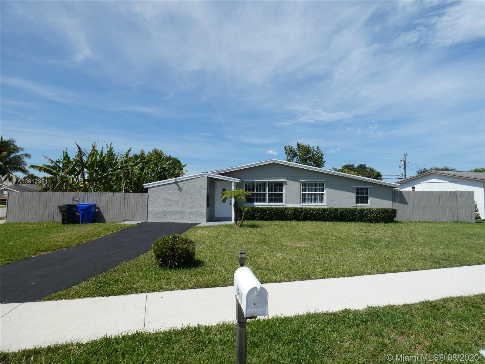 4461 NW 59th Ct, North Lauderdale FL 33319