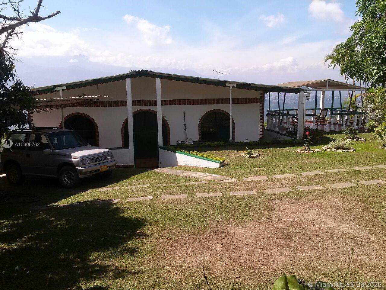 30  AGUADA DE CEFERINO  For Sale A10909762, FL