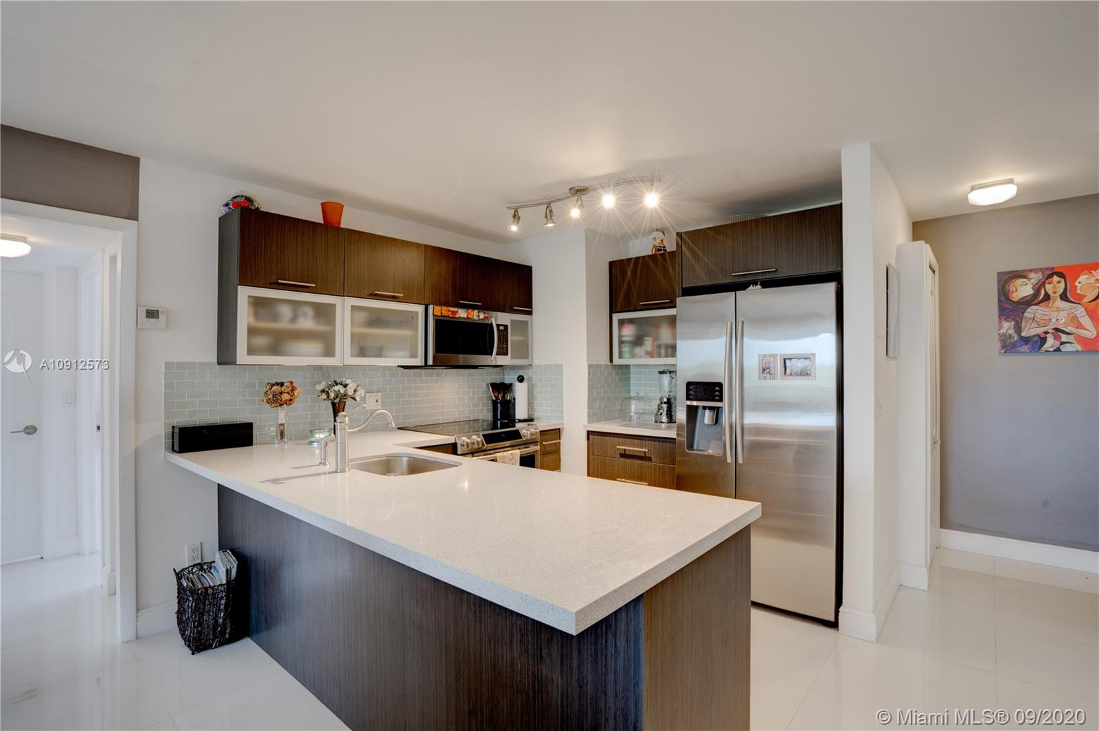 2950 SW 3rd Ave #5A For Sale A10912573, FL