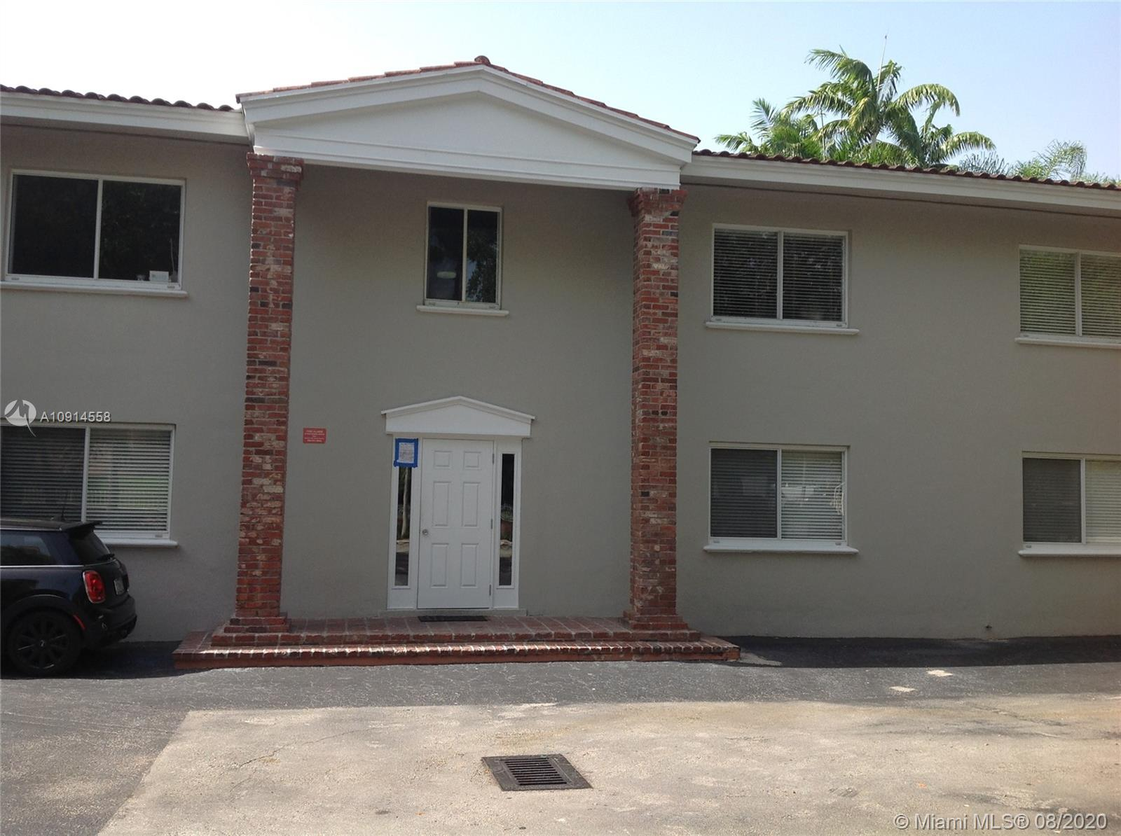 1  Edgewater Dr #102 For Sale A10914558, FL