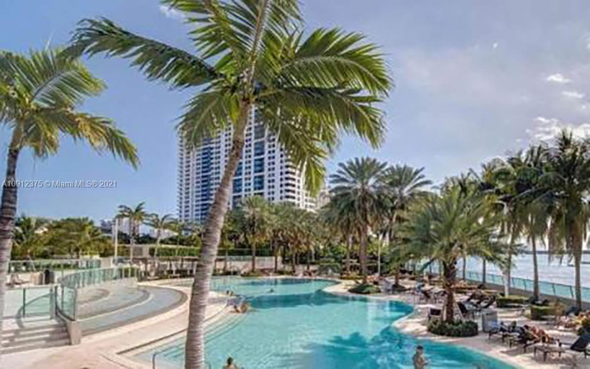 1500  Bay Rd #436S For Sale A10912375, FL