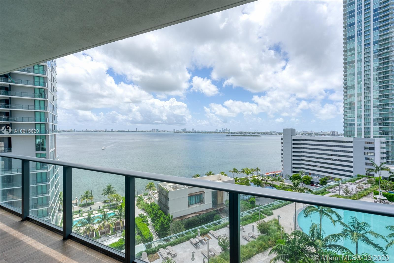 650 NE 32nd St #1005 For Sale A10915029, FL