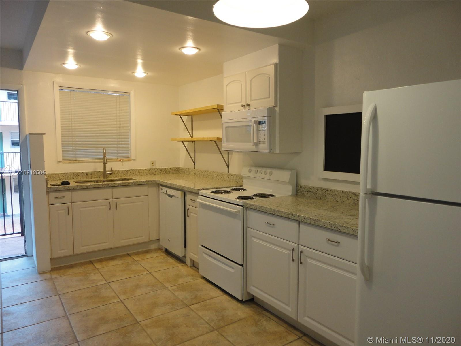 2930  Day Ave #N207 For Sale A10912566, FL